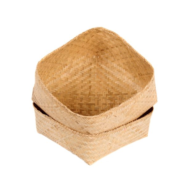 Basket - Medium - 26cm, bamboo, with opened lid.