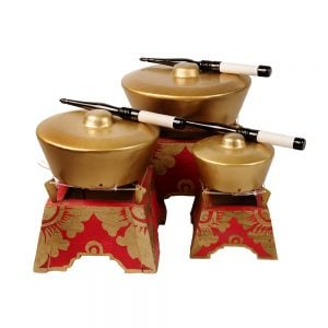 This is a product image of set of Bonang 1 Pan Premium - Small, Medium, and Large with beater.